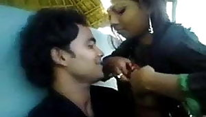 Boobs chusaya ladki ne