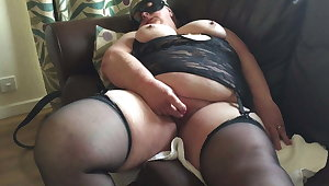 UK mature bbw, real solo orgasm